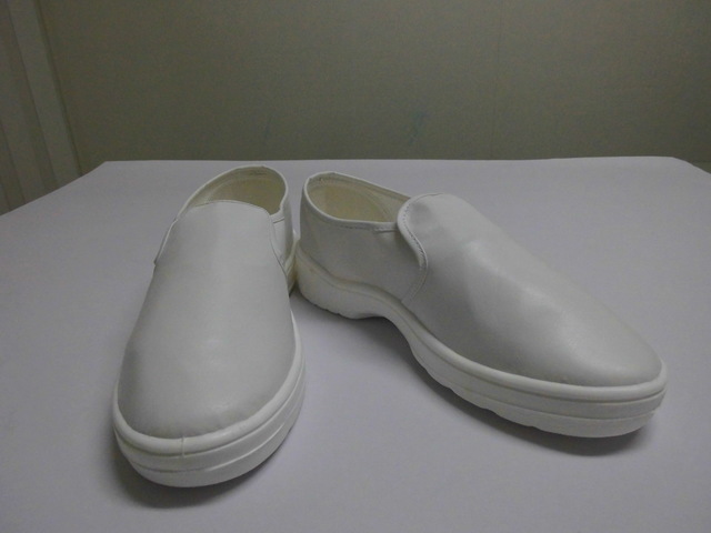 PU全包鞋