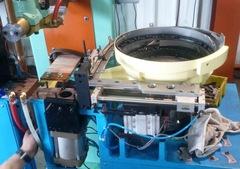 螺帽自動整列熔焊專用機 產品圖展示