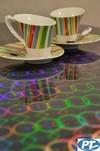 寶創鐳射玻璃是一種將鐳射全息圖樣與玻璃相結合的專利技術產品。寶創鐳射玻璃使圖形能擁有色彩多樣變化、引人注目的特性。