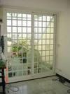 隔音格子窗兼具加強隔音效果,增加歐式藝術美感,紗窗加格子 同時又具有防盜效果,不需加裝鐵窗.