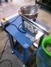 小型無心研磨機使用、自動送推料